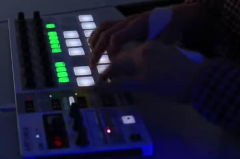 MIDIコントローラーにも