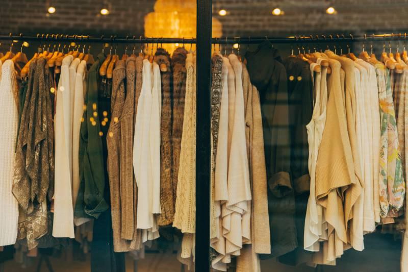 アパレルショップの店内撮影
